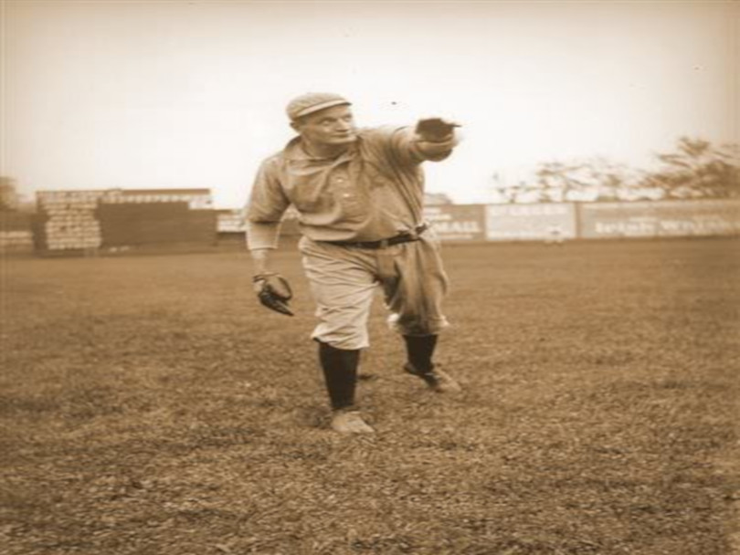 Rube Waddelldies from tuberculosis