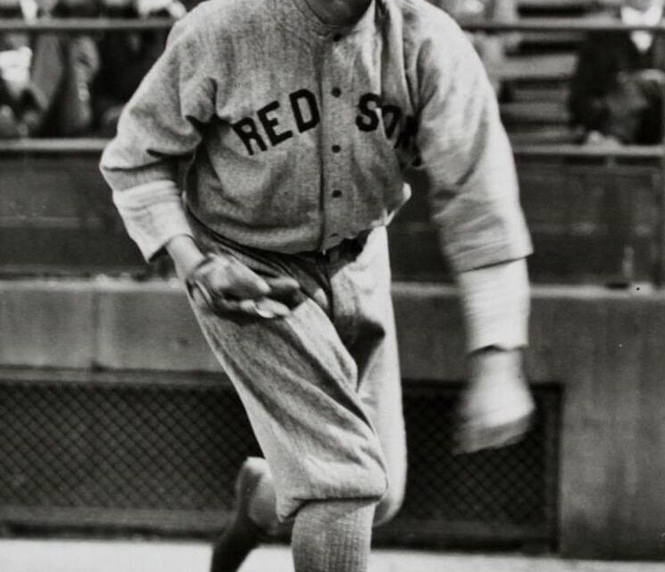 Boston Red Sox purchase the contracts of pitchers Babe Ruth and Ernie Shore, and catcher Ben Egan