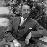 1924-Eddie Collinssigns asplayer-managerof theWhite Sox.