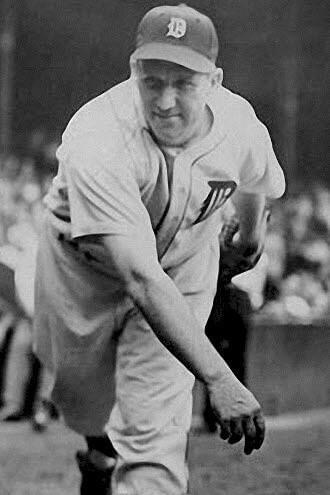 Jim Tobin of the Boston Braves almost single-handedly beats the Chicago Cubs at Braves Field, 6 – 5, by pitching a five-hitter and hitting three consecutive home runs. Tobin, who hit a pinch homer the day before, becomes the only pitcher in modern history to collect three home runs in a game. His fourth at-bat results in a fly ball caught against the fencein left field.
