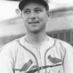 Johnny Beazleywins his 16th game of the year, 2 - 1 over theDodgersin 10 innings. The win caps a sweep of Brooklyn, withMax Lanierhaving edgedLarry Frenchin the opener two days before.
