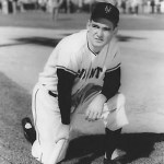 Giants Dusty Rhodes has six extra-base hits, two doubles, 2 triples, and 2 home runs in 2 games, as the Giants split with the Cardinals, winning 5 - 4 and losing 7 - 4.