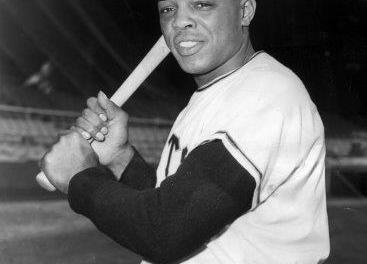 Giants center fielder Willie Mays breaks Ralph Kiner's record for home runs in a month with 17, Kiner ironically calls the shot on the radio
