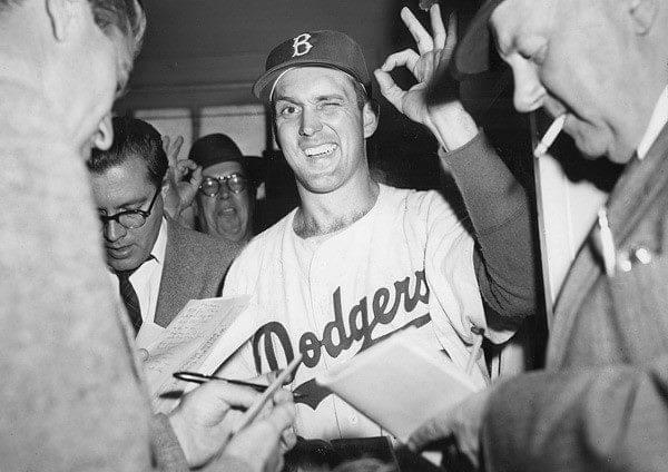 Carl Erskineof theBrooklyn Dodgerspitches a 3 – 0no-hitteragainst theNew York Giants. Erskine strikes out three and walks two. His masterpiece atEbbets Fieldis the second no-hitter of his career. His first came in1952against theChicago Cubs.