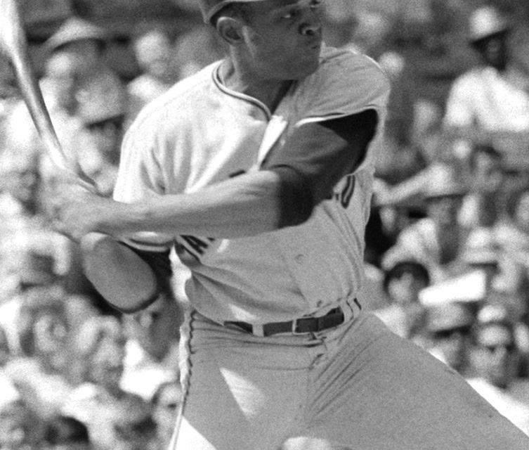 TeammatesWillie MaysandDaryl Spencereach have fourextra-base hitsasSan Franciscobeats theDodgersin Los Angeles, 16 – 9. Mays hits two home runs, two triples, a single and drives in four runs, and Spencer has two home runs, a triple, a double and six RBI for a combined 28total bases.