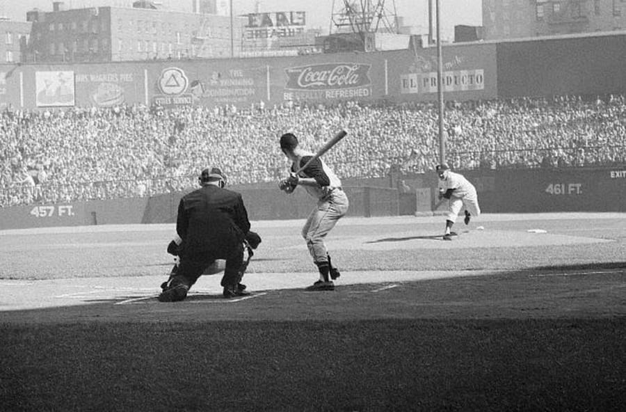 Whitey Ford is brilliant as the Yankees take game 3 of the 1960 World Series
