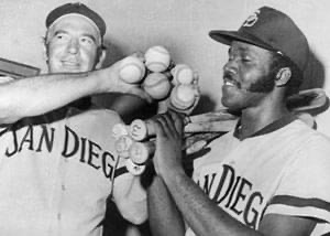 Bob Skinner and Nate Colbert pose after Colbert tied Stan Musial's record of 5 home runs in a doubleheader, August 1, 1972. Nate Colbert had been in the crowd for Musial's accomplishment in 1954.