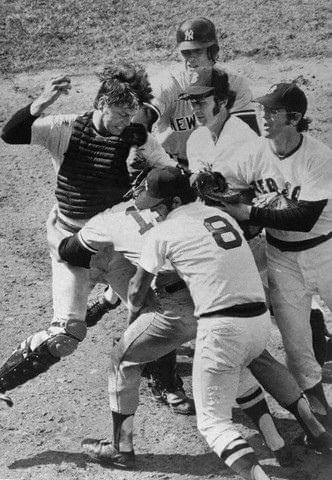 Thurman MunsonandCarlton Fiskbrawl atFenway Park. With a 2 – 2 score in the top of the 9th, Munson, attempting to score from third on a missedbuntbyGene Michael, crashes into Fisk and they both come up swinging.Bostonwins, 3 – 2, in the bottom of the inning.