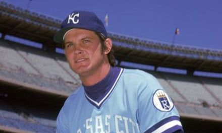 Steve Busby fires Royals first no hitter in team history