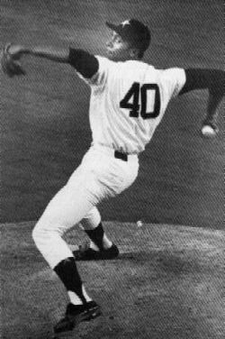 Don Wilson strikes out 18 Cincinnati Reds to tie record