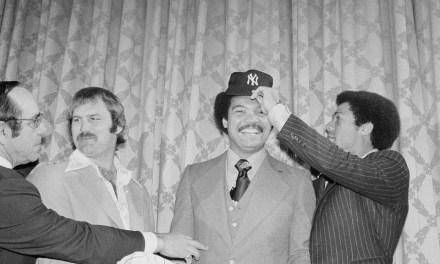 New York Yankees ink free agent outfielder Reggie Jackson