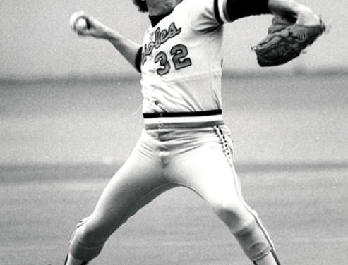 Baltimore OriolespitcherSteve Stone wins the1980 AL Cy Young Award