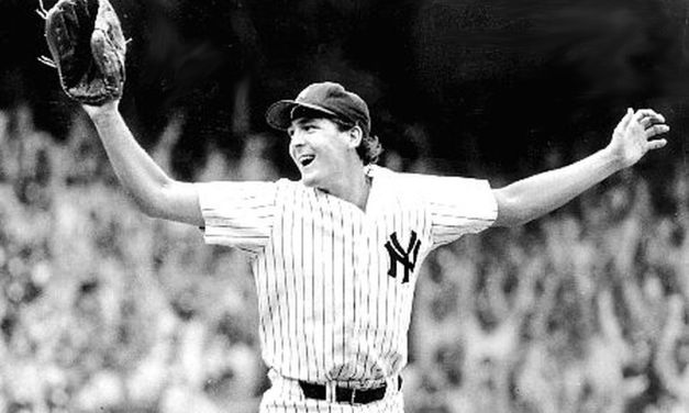 Dave Righetti, Ron Davis and Goose Gossage combine on a 4 – 0 shutout of the Oakland Athletics in Game 3 of the ALCS to give the New York Yankees their 33rd American League pennant