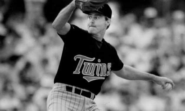 Minnesota Twins trade for Steve Carlton during pennant drive