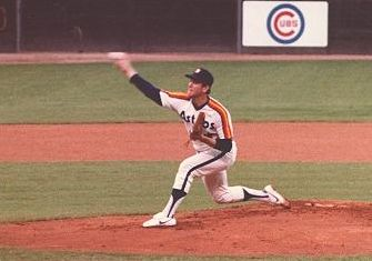 Nolan Ryan drives in winning run after striking out 4500th batter