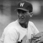 Washington State first baseman John Olerud undergoes surgery to remove an aneurysm from his brain