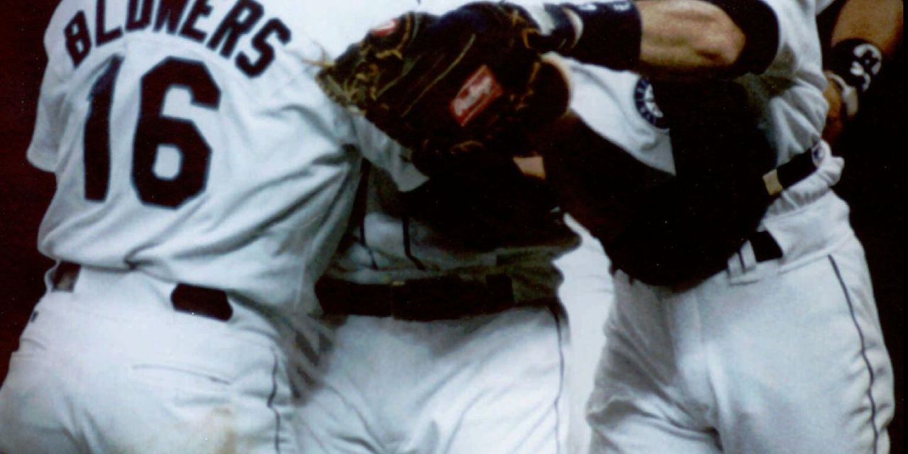 Chris Bosiopitches the secondno-hitterin Seattle Mariners historya 7 – 0 victory over theBoston Red Sox