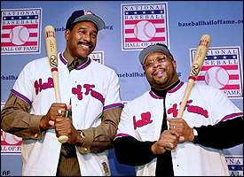 OutfieldersDave WinfieldandKirby Puckettareelectedto theHall of Famein their first year of eligibility