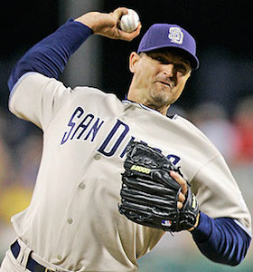 Trevor Hoffman announces his retirement after 18 seasons