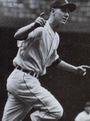 Al Kaline of the Detroit Tigers collects the 3,000th hit of his career