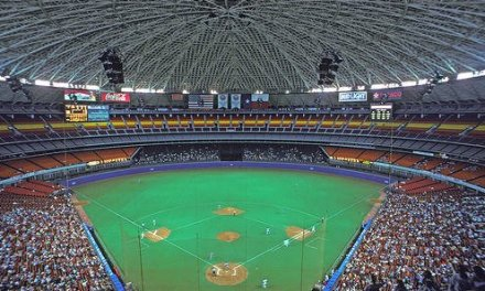 Mike Hampton beats the Dodgers in final game at Astrodome – Clinches playoffs for Astros