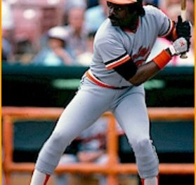 Los Angeles Dodgers acquire first baseman Eddie Murray from the Baltimore Orioles