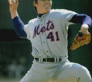 New York Mets trade franchise pitcher Tom Seaver just moments before the trading deadline