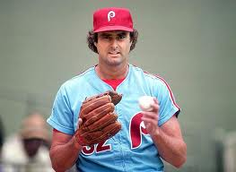 Steve Carlton Signs Richest contract in history for a pitcher