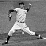 Lefty Gomez of the New York Yankees sets a major league record for most walks thrown in a shutout