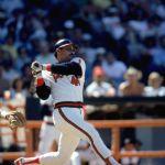 Reggie Jackson passes Mickey Mantle on Homerun List