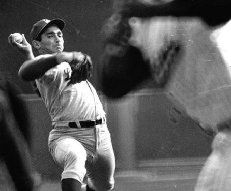 Sandy Koufax Sets World Series Strikeout Record with 15 in Game 1 vs Yankees – Full Radio Broadcast