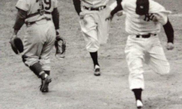 Hank Bauer's Homerun helps Yankees force game 7 in 1957 World Series