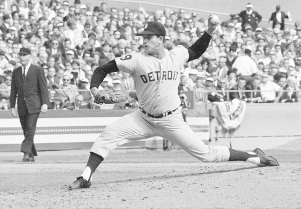 Mickey Lolich wins his 3rd game of series clinching the title for Detroit