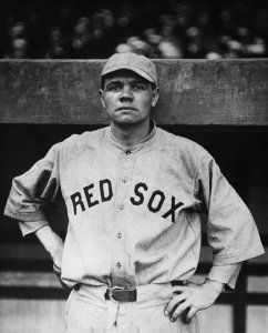 TheBoston Red Sox, minus holdoutsCarl MaysandBabe Ruth, sail fromNew Yorkaboard theUSS Arapahoe