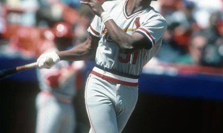 St. Louis Cardinals  acquire outfielder Willie McGee from the New York Yankees for pitcher Bob Sykes
