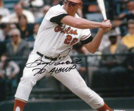 WithBaltimoretrailingBoston, 2 – 0 in the 9th inning,Vic RoznovskyandBoog PowellstingLee Stangewith back-to-back pinch-hit home runs to tie the game. This is just the 3rd time in history that back-to-back pinch home runs have occurred. Baltimore wins in the 12th, 3 – 2.