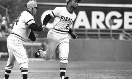 Roberto Clemente is born in Puerto Rico