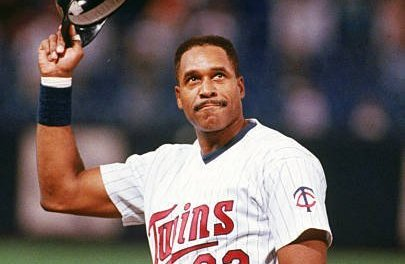 Minnesota Twins sign hometown native Dave Winfield