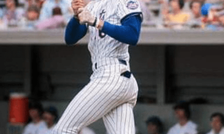 Dave Kingman slugs 3 homeruns in Cubs 23-22 loss