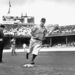 Greenberg blasts his 43 homerun