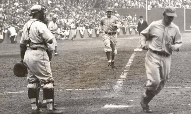 A's take game 1 of 1931 World Series – Al Simmon's homers