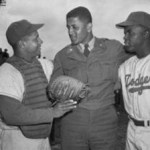 Don Newcombe sworn into the Army