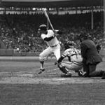 Bostonbeats theTwins, 6 - 4, to tie Minnesota for first place.Carl Yastrzemski's 3-run home run gives him theAmerican League-lead with 44, butHarmon Killebrewanswers with his 44th for the losers. Meanwhile,Detroit, which had games rained out on the28thand29th, plays two with theAngels.Mickey Lolichwins the opener, 5 - 0, his 3rd straightshutout, and Detroit takes a seemingly safe 6 - 2 lead into the 8th inning of the nitecap. The Angels then bat around, scoring six runs, to hand Detroit a devastating 8 - 6 loss. Detroit now trails Minnesota and Boston by a half-game.