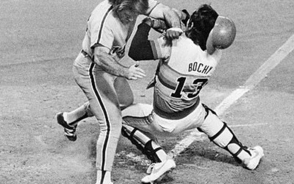 Pete Rose collides with Bochy and scores go ahead run
