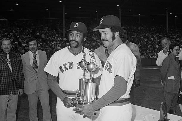 Luis Tiant and Juan Marchial receive the Roberto Clemente Award