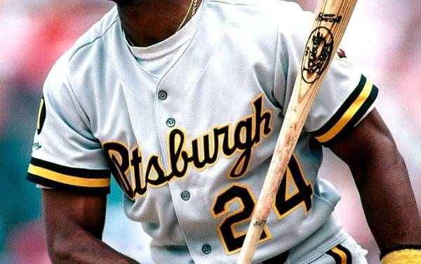 ThePittsburgh Piratessign outfielderBarry Bondsto the largest  one-year contract worth $4.7 million