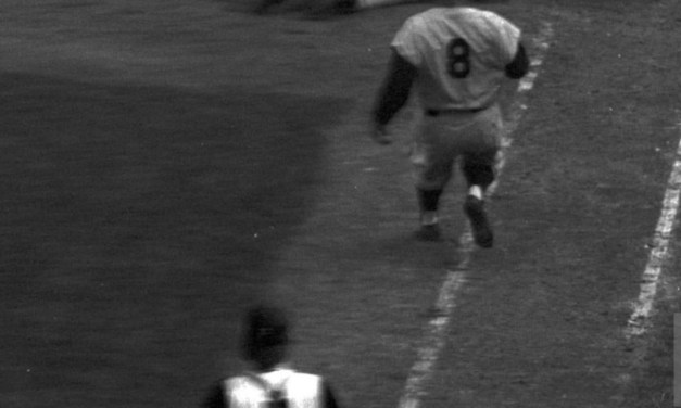 Mantle dives into first top of 9th 1960 World Series