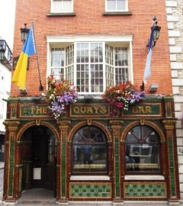 Quays Bar , Dublin, beer, drinking, Guinness, beer crawl, pub, Craic, Smithwicks, drunk, irish wit, craft beers