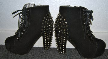 spiky boots