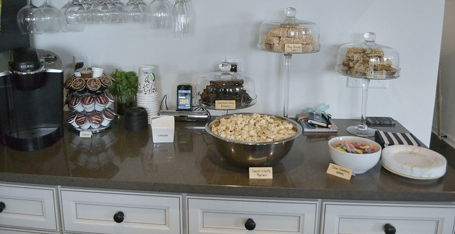 A Laid-back Open House Couples Shower - Desserts | www.thisgratefulmama.com